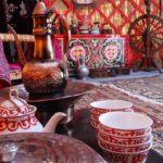 Чайная посуда в юрте