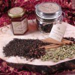 Мед, чай масала и специи