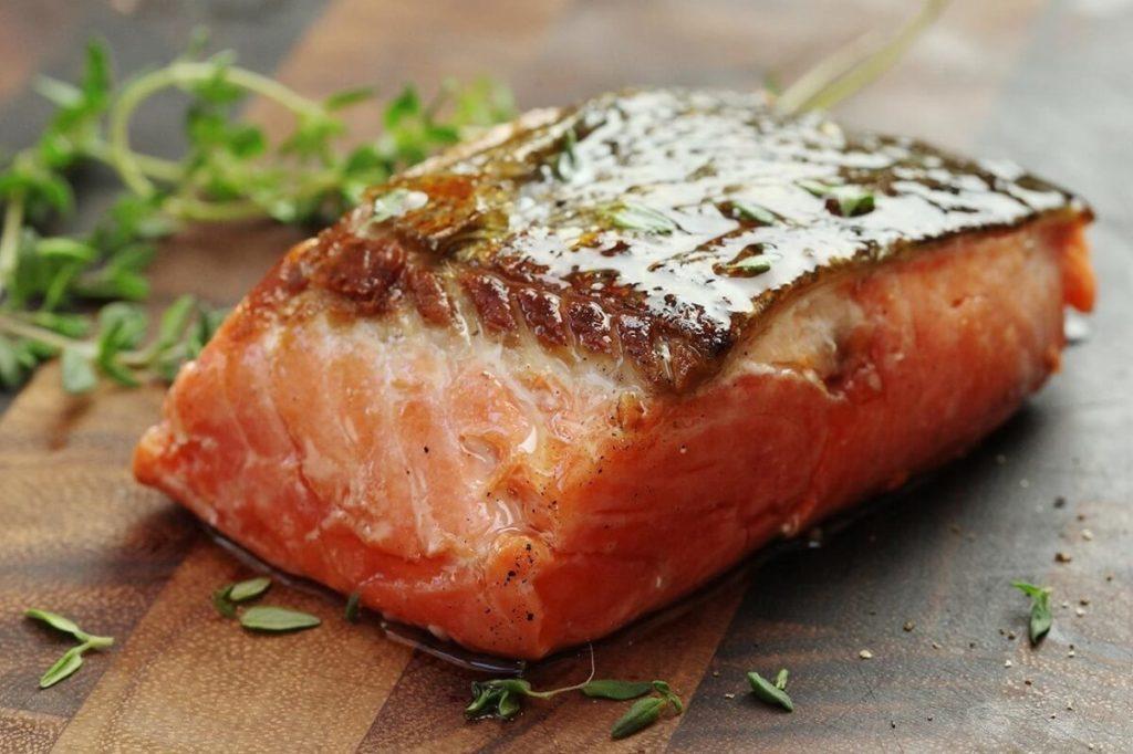 Лосось, рекомендации диетологов при похудении
