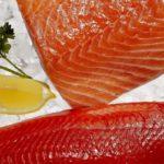 Филе дикого и выращенного лосося