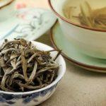 Белый чай, сухой и заваренный