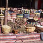 рассыпной чай каркаде на рынке