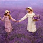 девочки на лавандовом поле