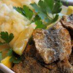 жареная салака с картошкой