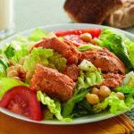 салат с консервированной неркой