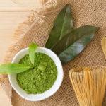 порошкообразный зеленый чай матча