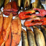 копчёная рыба в магазине