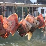 процесс вяления рыбы