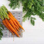 морковь с ботвой для чая