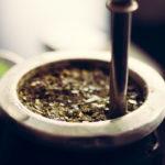 чай мате в калебасе с бомбильей